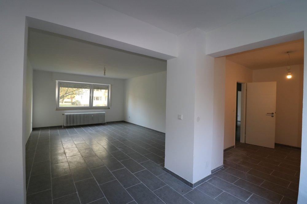 Wohn- / Esszimmer / Küche